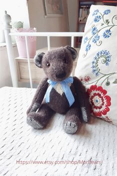 If you are looking for a nostalgic teddy bear for your boho home decor, Chester is the perfect bear. This artist bear, hand knitted in super soft alpaca wool, will add a touch of days gone by and nostalgic comfort to your home. Click through to see more photos and other teddy bears. #teddybear #homedecor #nostalgicdecorideas #artistteddybear #handmadetoy Creative Gifts, Unique Gifts, Teddy Bear Gifts, Teddybear, Decor Ideas, Gift Ideas, Alpaca Wool, Gifts For Mum, Inspirational Gifts