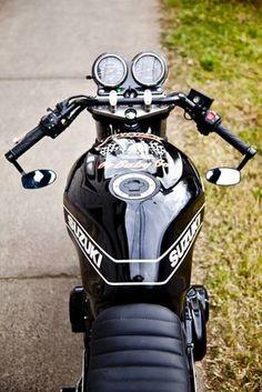 Virago Cafe Racer, Suzuki Cafe Racer, Scrambler, Gs500 Cafe Racer, Cafe Racer Bikes, Yamaha Motorcycles, Custom Motorcycles, Custom Bikes, Riders On The Storm
