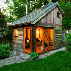 Backyard retreat or guest cabin*** This would be fun to have and build. Probably could be done with doors and windows from habitat restore. Backyard House, Backyard Sheds, Backyard Retreat, Garden Sheds, Backyard Studio, Cozy Backyard, Backyard Buildings, Small Buildings, Backyard Cottage