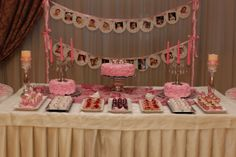 Main cake/cupcake table