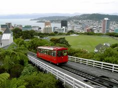 Wellington Cable Car, Wellington, links to the Botanical Gardens, New Zealand Wellington City, Wellington New Zealand, Wonderful Places, Beautiful Places, Free Museums, South Pacific, Capital City, City Lights, How To Be Outgoing