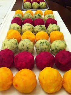 Renkli patates topları Pancar turşusu suyu Havuç topları