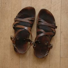 leather chacos