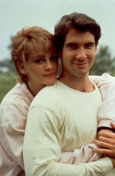 Dylan McDermott and Julia Roberts as Jackson & Shelby in Steel Magnolias Movie Couples, Famous Couples, Classic Movie Stars, Classic Movies, Movie Blog, I Movie, Old Movies, Vintage Movies, Steel Magnolias 1989