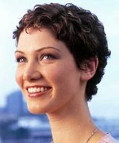 Best Very Short Hairstyles For Curly Hair