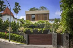 Luxury villa in Singapore by Wallflower Architecture