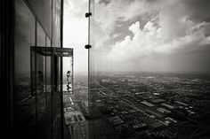 Sears Tower glass boxes...creepiest thing ever!