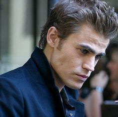 Sexy jaw of his! Team Stefan <3