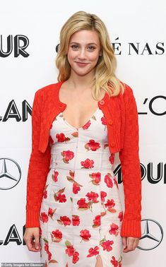 Lili Reinhart speaks at Glamour Women Of The Year Summit in NYC Radiate in florals like Lili wearing Altuzarra Click 'Visit' to buy now Lili Reinhart, Celebrities Then And Now, Beautiful Celebrities, Celebrity Dresses, Celebrity Style, Celebrity Couples, Hollywood Actress Pics, Betty Cooper Riverdale, Floral Frocks