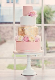 gold and blush pink floral wedding cakes