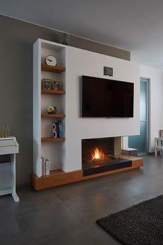 GeertsHS [ TV boven haard plaatsen Gashaard totaalproject met TV, verlichting, mediakast Materialen houtfineer eik, staal ]