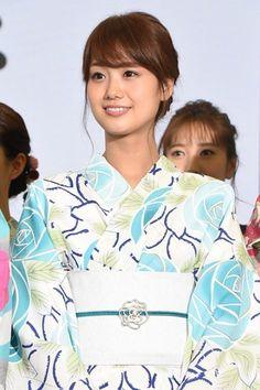 フジテレビ新人の井上清華アナがかわいい!気になるカップや身長は? Yukata, Fuji, Hair Beauty, Beautiful Women, Ruffle Blouse, Kawaii, Japanese, Lady, Womens Fashion