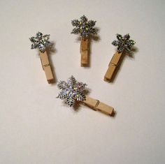 Snowflake Clips for Christmas Photo Card Display, Holiday Card Holder. $2.00, via Etsy.