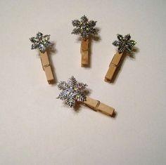 Snowflake Clips for Christmas Photo Card Display, Holiday Card Holder. $2.00, via Etsy.