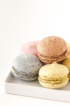 Review: Vegan French Macaroons from Feel Good Desserts |Keepin' It Kind. Shared via sharexy.com plugin
