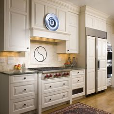 Traditional Shelf Vent Over Stove Design, Pictures, Remodel, Decor and Ideas - page 7