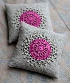 lavender sachet with crochet Crochet Cushion Cover, Crochet Cushions, Crochet Pillow, Crochet Motif, Crochet Doilies, Pin Cushions, Knit Crochet, Crochet Patterns, Lavender Bags