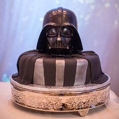 "Cue ""The Imperial March"" because this Darth Vader groom's cake not only rules the galaxy, but also reigns supreme on the dessert table (Galaxy Food Wedding Cakes) Bolo Star Wars, Star Wars Cake, Star Wars Party, Cake Decorating Supplies, Cookie Decorating, Star Wars Wedding, Star Wars Birthday, Disney Cakes, Cake Gallery"