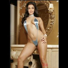 Vidya Balan in tiny bikini