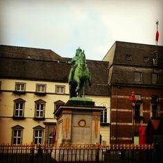 Rathaus, Jan Wellem statue in Dusseldorf