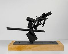 72-61 Gordin, Sidney. Welded Steel 1961 9.5 x 9.5 x 15.25 inches