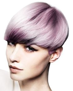 This soft blended lilac hair is really beautiful, I could never pull this off