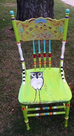 Carolyn's Funky Furniture: The Painted Chairs Whimsical Painted Furniture, Hand Painted Chairs, Hand Painted Furniture, Funky Furniture, Refurbished Furniture, Paint Furniture, Repurposed Furniture, Furniture Makeover, Furniture Refinishing