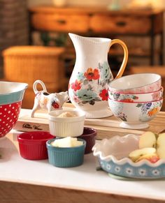 Personality plus! Bring some cute and cheery style to your table with ceramic tableware and cookware from Ree Drummond's new Pioneer Woman collection, exclusively at Walmart. With everything from retro-style mixing bowls to scallop-top ramekins, the collection is perfect to mix-and-match. Although affordable, they are chock full of beautiful details. See Ree's full collection of affordable cookware and tableware at Walmart.com/thepioneerwoman and in your store.