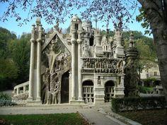 """Le Palais Ideal"", França, levou 33 anos para ser construído"