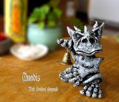 Quadis  Miniature Handcrafted Gargoyle Sentinel por bewilderandpine, $49.00