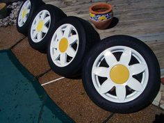 POWER to the FLOWER! Get a load of these CRAZY DAISIES! #WheelWednesday #Beetle #CustomWheels #VDubLove