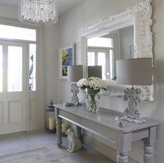 Wonderful maison-et-decoration-shabby-chic-style-intérieur-design-idées-entrance . Shabby Chic Living Room, Shabby Chic Interiors, Shabby Chic Kitchen, Shabby Chic Homes, Shabby Chic Style, Shabby Chic Furniture, Kitchen Decor, Entryway Furniture, Shabby Chic Entryway