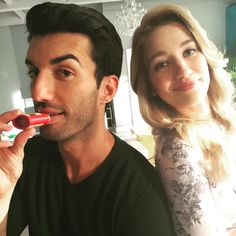Justin Baldoni and Yael Grobglas today chapping it up with our Chap Stuff on the set of Jane the Virgin. Guys, you're have such great taste. What can we say?