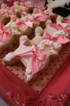 Fancy Nancy poodle cookies