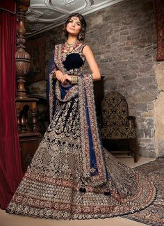 Latest Bridal Dresses, Asian Bridal Dresses, Bridal Outfits, Unique Dresses, Indian Dresses, Bride Dresses, Wedding Dresses, Girls Dresses, Indian Wedding Gowns