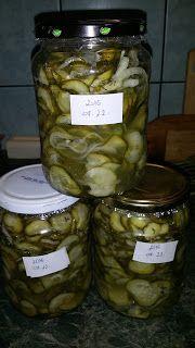 Boros Valéria: Uborka saláta télire üvegbe!!!! Queso, Pickles, Cucumber, Mason Jars, Healthy Living, Food And Drink, Health Fitness, Sweets, Homemade