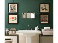 Benjamin Moore teal bathroom  Tarrytown green -- love this color.