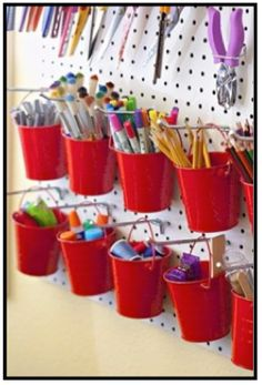 Short on shelving, but still need to get your art supplies organized? This blog post has GREAT ideas for getting organized!