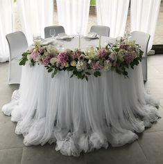 Wedding Hall Decorations, Table Decorations, Diy Wedding, Dream Wedding, Wedding Nails, Wedding Things, Bride Groom Table, Wedding Table Flowers, Bouquet Wedding