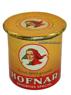 "Oud Hofnar Sigaren Blik Vintage Hofnar Sigarenblik uit de jaren 50/60. Tekst blik: ""Nooit fijner gerookt"" Tekst deksel: ""50 sigaren Senoritas Special - Hofnar Sigarenfabrieken N.V. Valkenswaard Holland"" Hoogte: 12 cm. Diameter: 12 cm. zie: http://www.retro-en-design.nl/a-42687573/blikken/oud-hofnar-sigaren-blik/"
