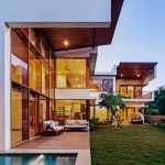 L-Plan House By Khosla Associates