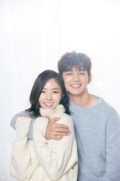 [Drama I am not a Robot, 로봇이 아니 Yoo Seung Ho, Lee Seung Gi, Korean Celebrity Couples, Korean Celebrities, Korean Drama Best, Korean Drama Movies, Korean Dramas, Live Action, Kpop