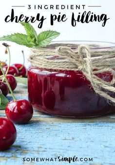 An easy cherry pie filling recipe that uses fresh or frozen cherries! This cherry pie filling has only 3 ingredients and it tastes amazing! Sweet Cherry Pie, Cherry Tart, Cherry Pie Frozen Cherries, Cherry Fruit, Canned Cherries, Sweet Cherries, Homemade Cherry Pies, Homemade Breads, Diy Spring