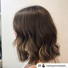 Colour contouring, modern bob, @dezinehair Short Styles, Long Hair Styles, Modern Bob, Hair Color Balayage, Contour, Textured Lob, Fashion Design, Beauty, Balayage Hair Colour