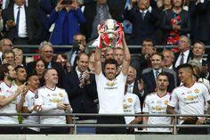 Amazing news for Man Uniteds Michael Carrick Old Trafford, Tottenham Hotspur, Cristiano Ronaldo, Fa Cup 2015, Manchester United Fa Cup, Michael Carrick, Online Match, Crystal Palace, Man United