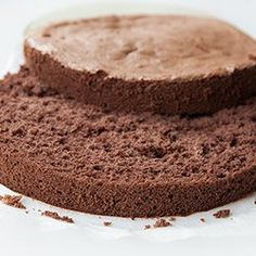 Sponge cake gluten-free - Recipe, made with rice flour, cocoa, sugar, and eggs. Gluten Free Sweets, Gluten Free Cakes, Gluten Free Baking, Vegan Gluten Free, Gluten Free Recipes, Corn Recipes, Other Recipes, Raw Food Recipes, Cooking Recipes