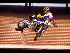 1992 Damon Bradshaw Yamaha Motocross, Motocross Racer, Dirt Bike Racing, Dirt Biking, Beast From The East, Off Road Bikes, Vintage Motocross, Damon, Motorbikes