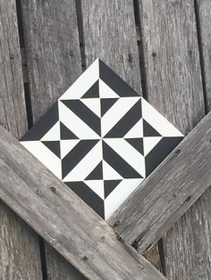 Items similar to Dizzy Mini Barn Quilt Quilt Square Can Customize on Etsy - Welcome to our website, We hope you are satisfied with the content we offer. Quilt Square Patterns, Barn Quilt Patterns, Square Quilt, Barn Quilt Designs, Quilting Designs, Mini Barn, Blackwork, Painted Barn Quilts, Barn Wood Crafts