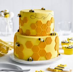 celebration cakes It wouldnt be summer without bees buzzing around the garden, so lets celebrate our pollinating pals with this tiered honeycomb bee cake This is a showstopping star Bee Cakes, Fondant Cakes, Cupcake Cakes, Fondant Birthday Cakes, Fondant Cake Designs, Cool Cake Designs, Pink Cakes, Bee Birthday Cake, Ice Cream Birthday Cake
