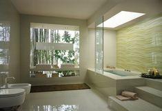 Salle de bain en blanc avec carrelage